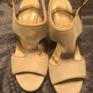 Never worn Michael Kors shoes